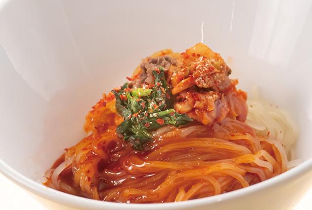 ピビン麺(韓国風まぜ麺)