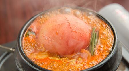 丸ごとトマトのチゲ